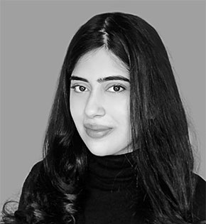 Manal Khan image